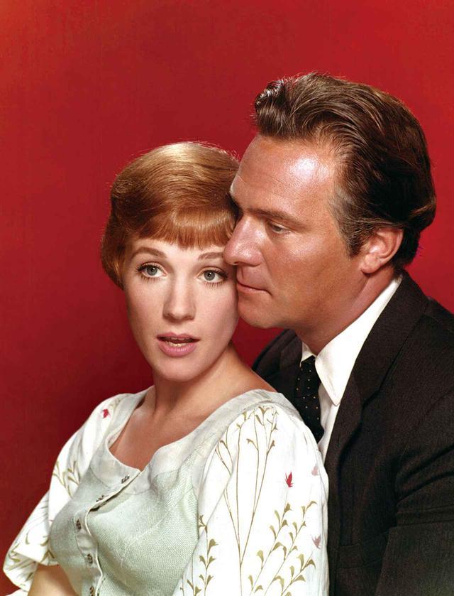 画像: 『サウンド・オブ・ミュージック』(1965)でジュリー・アンドリュースと