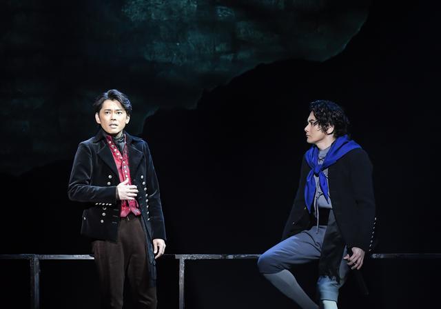 画像2: 舞台の模様