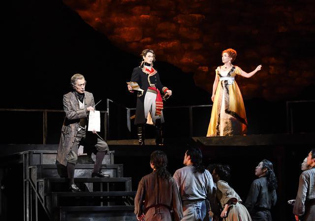 画像7: 舞台の模様
