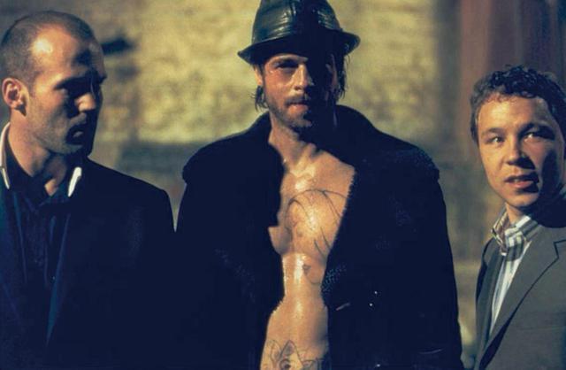 画像: 大成功を収めた『スナッチ』には人気絶頂のブラッド・ピットもボクサー役で出演