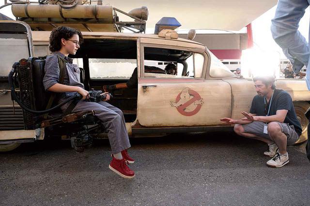 画像: 人気シリーズ最新作『ゴーストバスターズ/アフターライフ』では主演を務める(写真はメイキング)