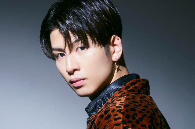 画像: 長谷川慎 MAKOTO HASEGAWA パフォーマー、1998年7月29日生まれ、神奈川県出身。