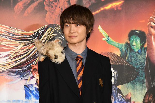 画像: 2005年版『妖怪大戦争』で主役の稲生タダシを演じた神木隆之介登場