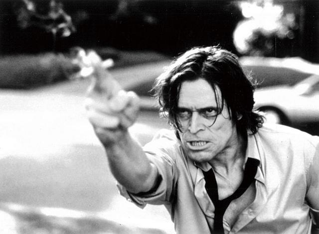 画像: 悪を裁く兄弟の真実を追うスメッカ―捜査官 『処刑人』(1999)