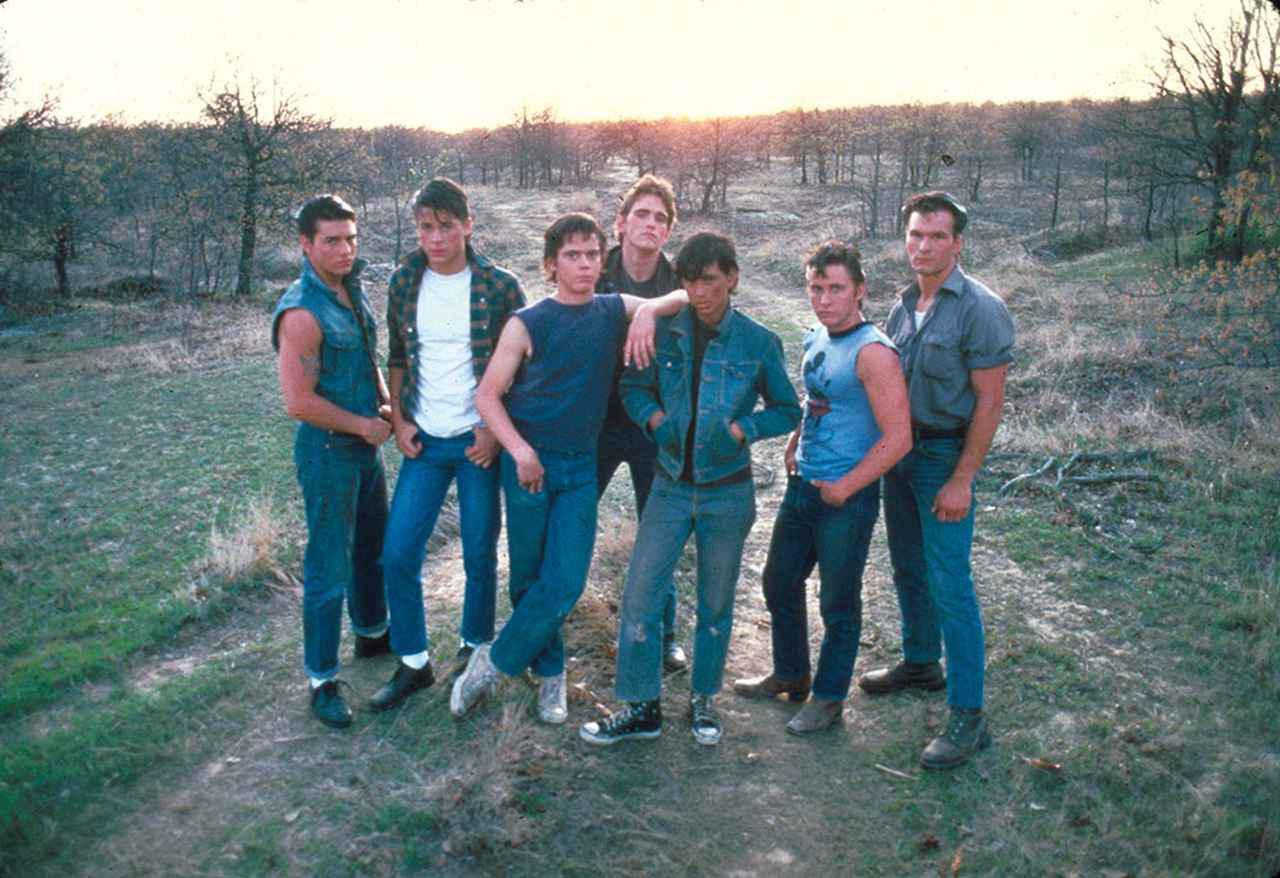 画像2: 『アウトサイダー』(1983)より