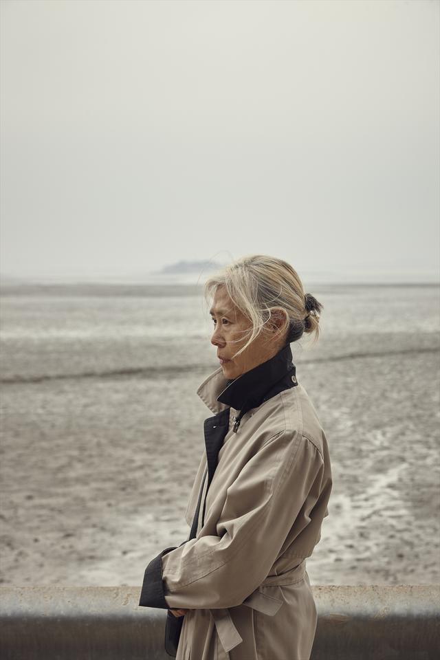 画像1: 2019年釜山国際映画祭で観客賞を受賞した作品がついに日本へ!『69歳』本日より配信開始
