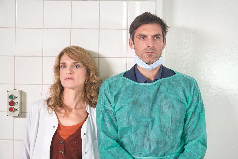 画像: Benoit LINDER © INCOGNITA - FRANCE TÉLÉVISIONS - BE-FILMS - RTBF(Télévision belge)