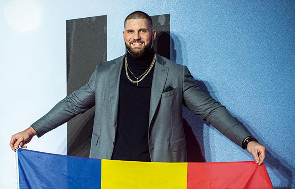 画像: 高身長と巨体を誇る元ボクサー俳優