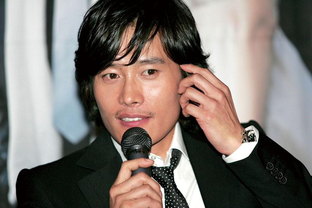 画像: 『甘い人生』(2005)公開時の舞台挨拶にて Photo by Han Myung-Gu/WireImage