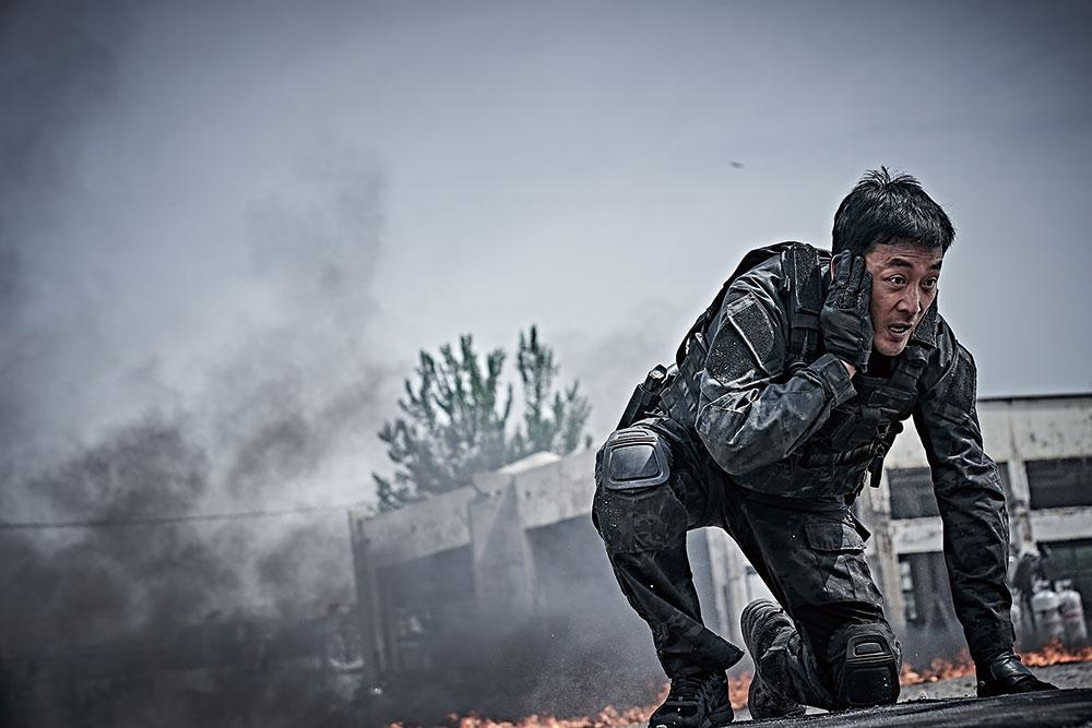 画像1: 韓国3大スターが、火山の噴火から半島を守る!!