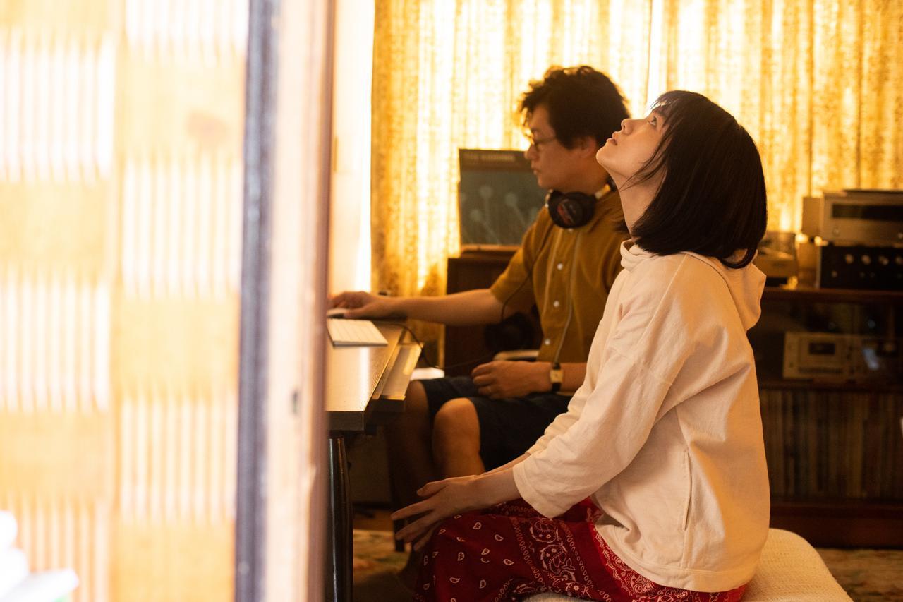 画像1: 志田彩良×井浦新共演、映画『かそけきサンカヨウ』鈴鹿央士ら新たな場面写真到着