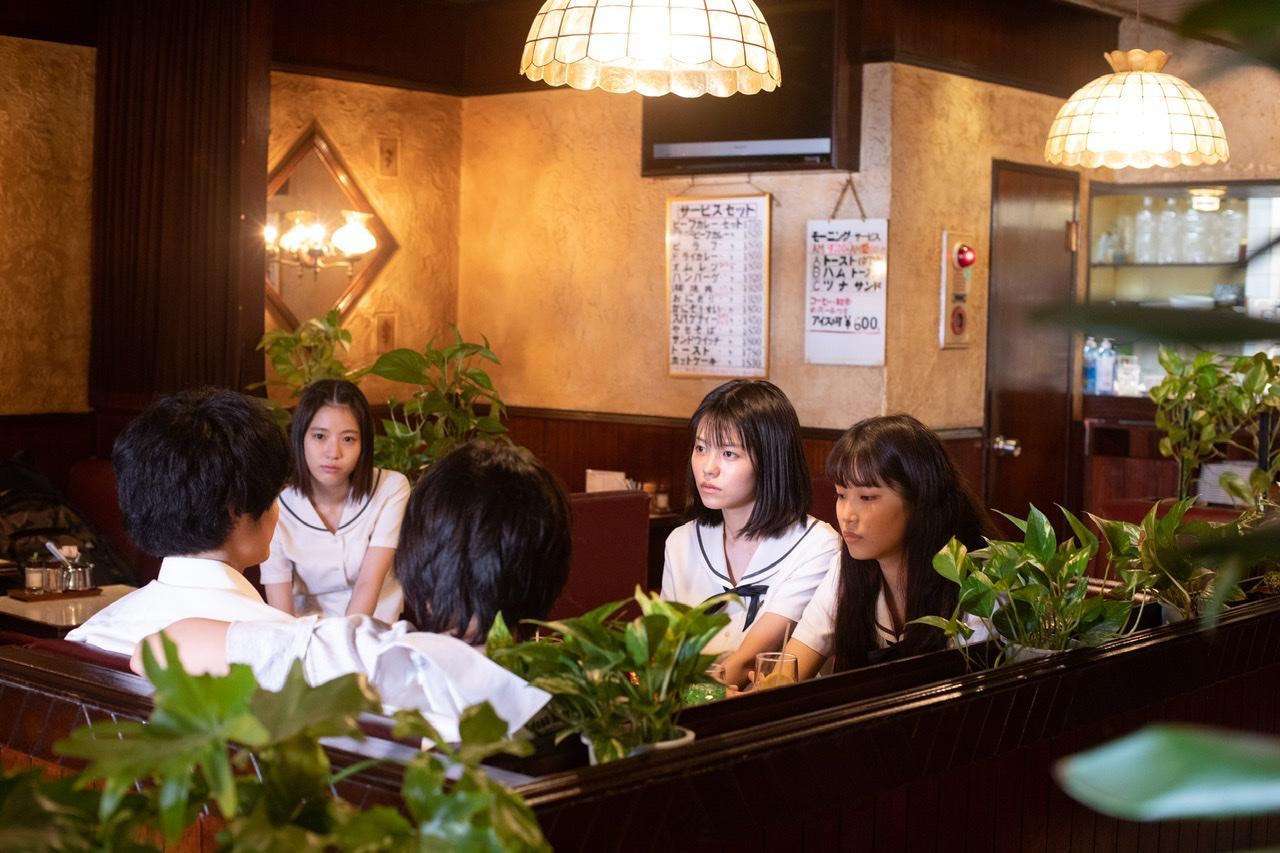 画像6: 志田彩良×井浦新共演、映画『かそけきサンカヨウ』鈴鹿央士ら新たな場面写真到着