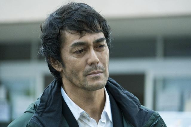 画像2: 佐藤健×阿部寛『護られなかった者たちへ』男泣き、それぞれの涙の理由とは