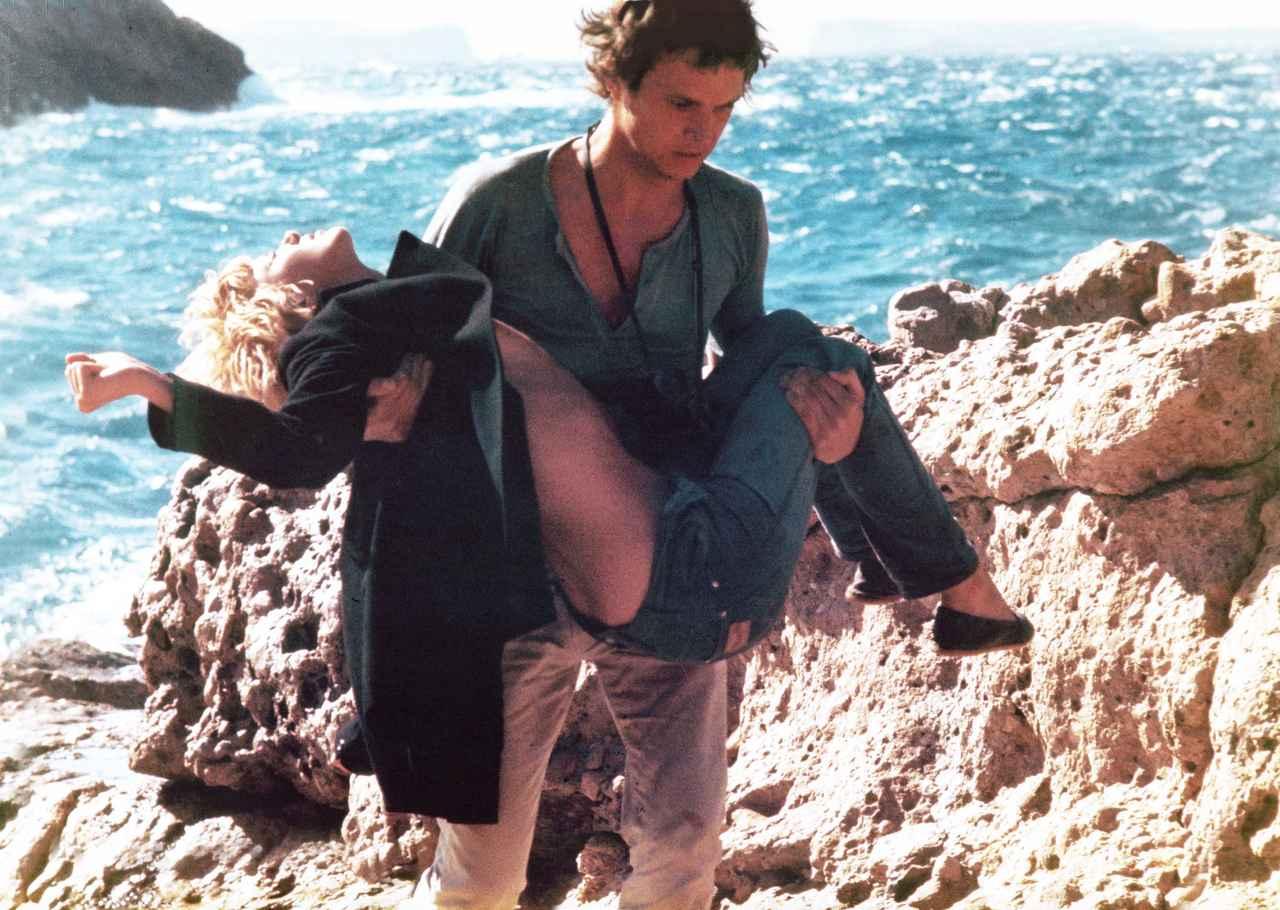 画像1: ミムジー・ファーマーの代表作『MORE/モア』と『渚の果てにこの愛を』、日本オリジナル予告編が公開