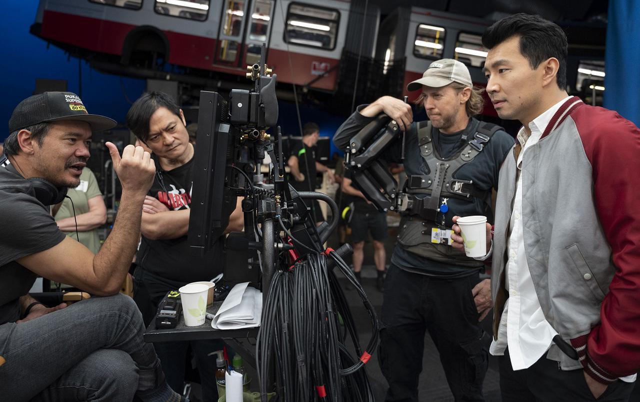 画像: 『シャン・チー/テン・リングスの伝説』世界最高峰のチームによる壮絶アクションの舞台裏を収めた特別映像が公開 - SCREEN ONLINE(スクリーンオンライン)