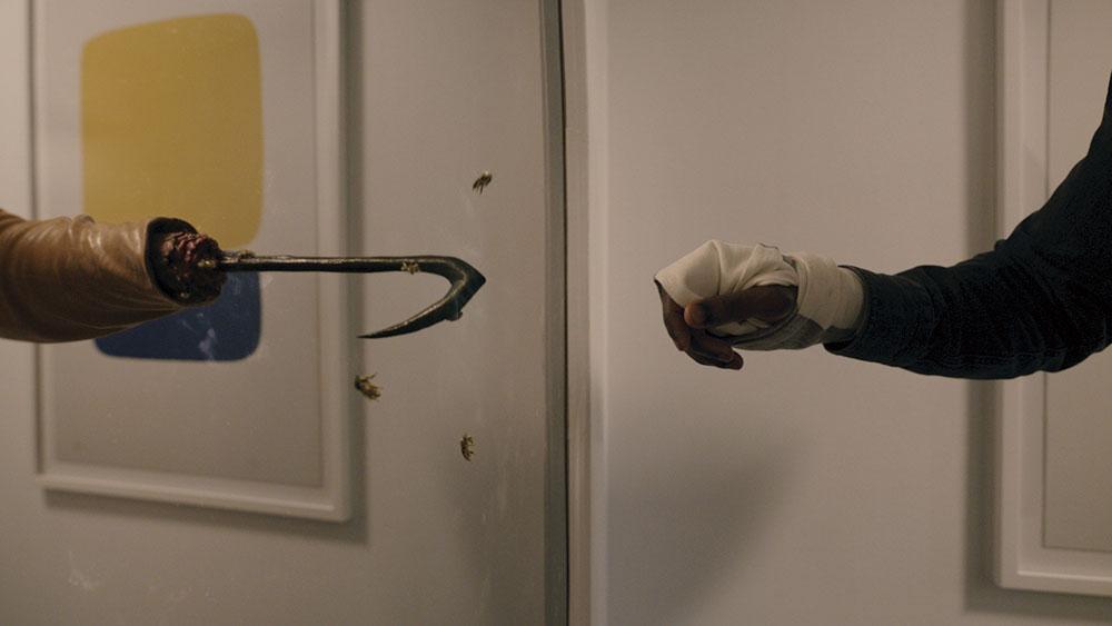 画像1: 鏡に向かってその名前を55回唱えると死ぬ!? ジョーダン・ピールが現代に語り継ぐ都市伝説ホラー