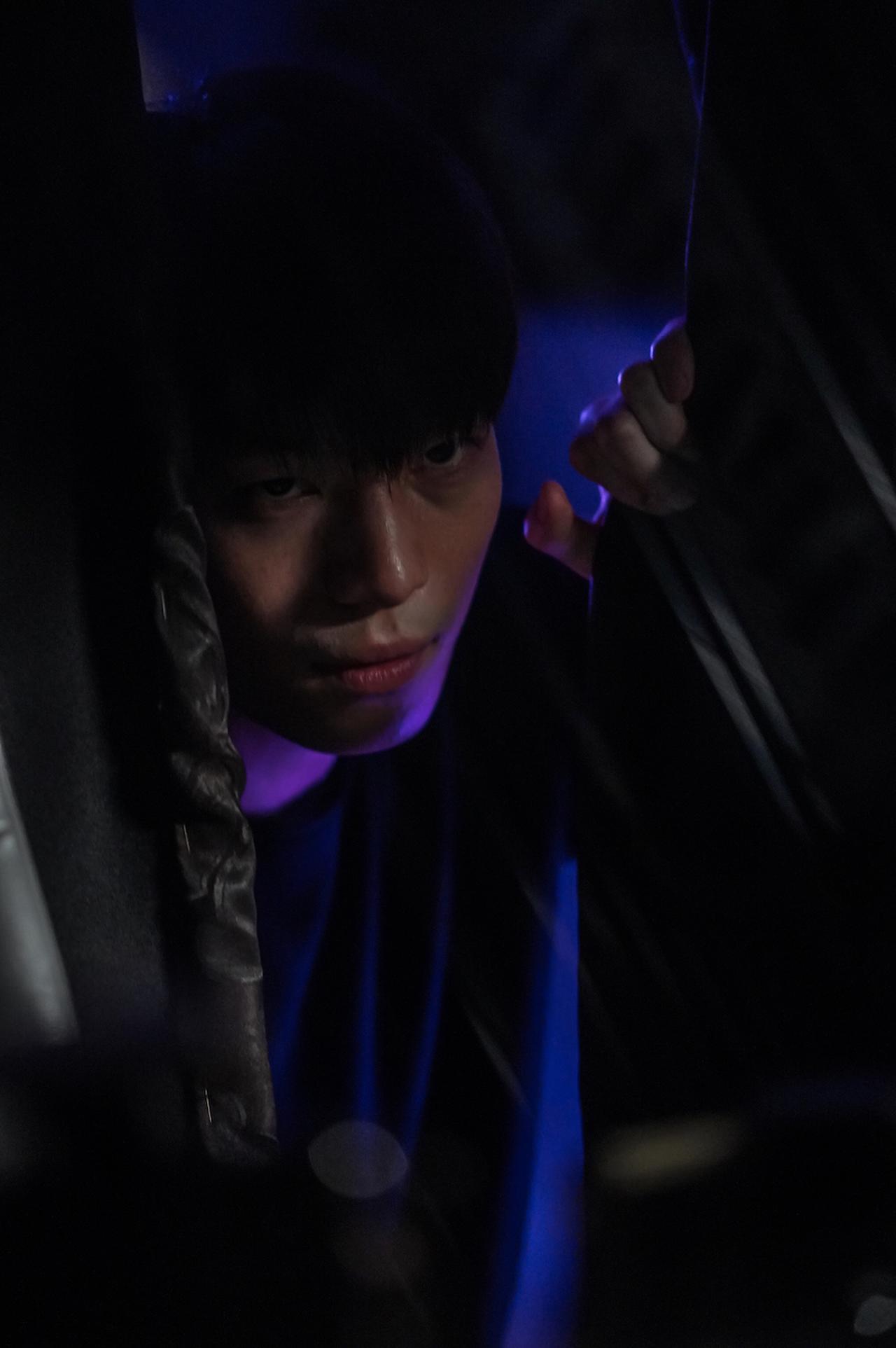 画像: ウィ・ハジュンが殺人鬼を演じるサイレントスリラー『殺人⻤から逃げる夜』ミニシアターランキング1位に!本編映像解禁