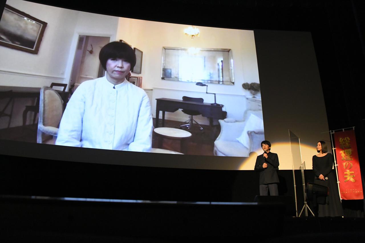 画像: 原田マハから2人に質問