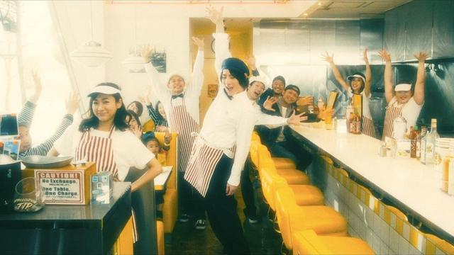 画像: ビッケブランカ / 『Take me Take out』(official music video) youtu.be
