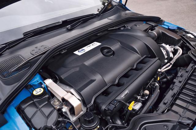 画像: ボルボは直列6気筒エンジンの生産を終了。3L直6エンジンのポールスター仕様はこれが最後ということだ。