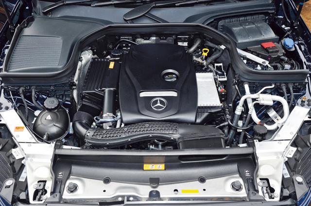 画像: エンジンはCクラスにも積まれる274型2ɜ直4ターボの1機種のみ設定。トランスミッションは9速ATとなる。