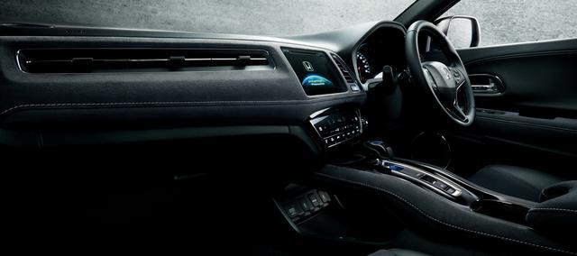 画像: ▲HYBRID RS・Honda SENSING インテリア メーカーオプション(ナビ)装着車