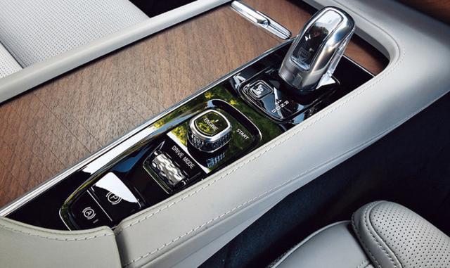 画像4: 【試乗】ボルボ XC90 T8 ツインエンジン AWD インスクリプションの長距離ドライブを堪能
