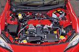 画像: MT用のFA20型エンジンは、最高出力が200psから207psに最大トルクは205Nmから212Nmに向上した。