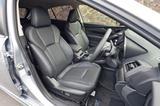 画像: 2.0I-S EyeSightは前席8ウェイパワー調整式ファブリックシートが標準だが、試乗車はオプションの本革。
