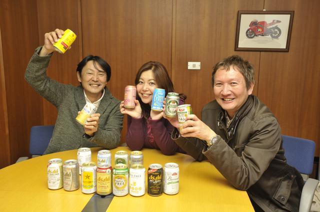 画像: ▲右から石川芳雄氏、竹岡 圭氏、鈴木ケンイチ氏。