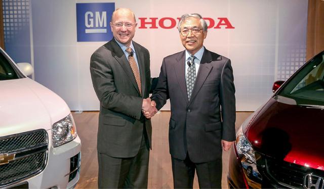 画像: 2013年7月、ホンダとGMは次世代燃料電池システムの共同開発に合意している。