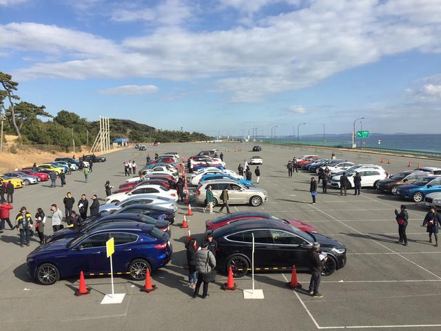 画像: 毎年、大磯プリンスホテルの広大な駐車場をベースに開催されるJAIA試乗会。