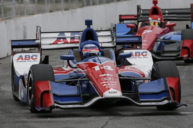 画像: インディカー・シリーズで活躍する佐藤琢磨選手(写真は2016シーズン)