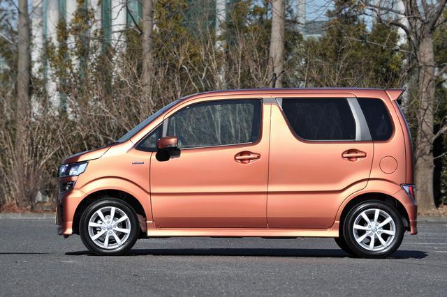 画像2: ワゴンR ハイブリッドFZ(2WD)。車両価格135万円。
