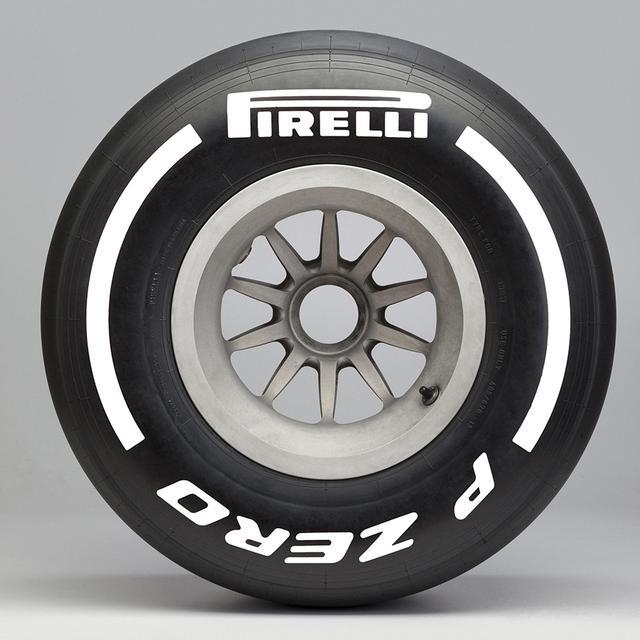 画像2: 【クルマニQ】【マニア編】ピレリのF1タイヤ、『ハード』と呼ばれるタイヤの色は?