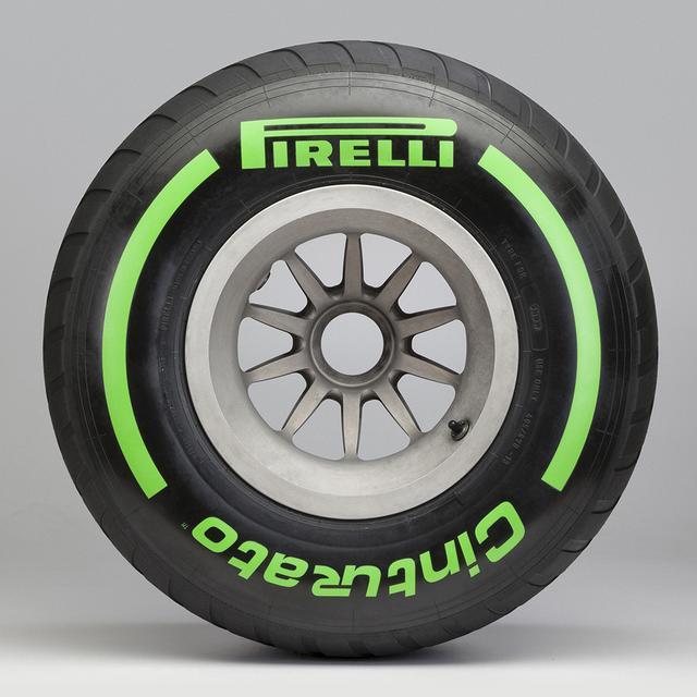 画像7: 【クルマニQ】【マニア編】ピレリのF1タイヤ、『ハード』と呼ばれるタイヤの色は?