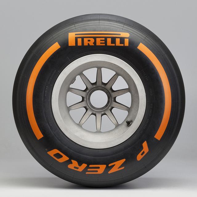 画像6: 【クルマニQ】【マニア編】ピレリのF1タイヤ、『ハード』と呼ばれるタイヤの色は?