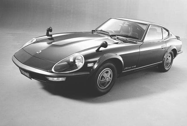 画像: 240ZGの日本発売は1971年。Gノーズとワイドタイヤ装着を前提としたオーバーフェンダーが衝撃だった。