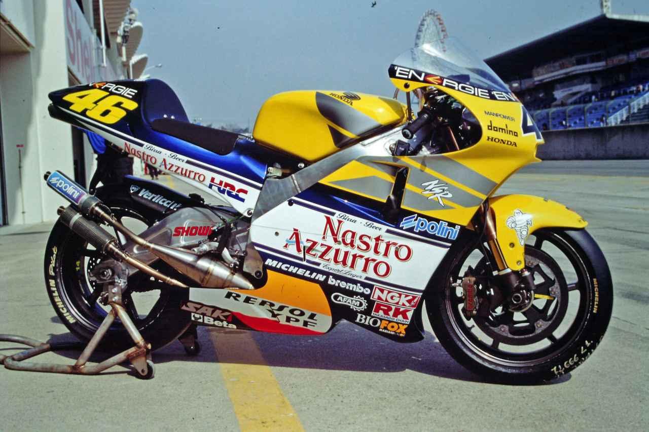 画像: ホンダ NSR500(2001年)