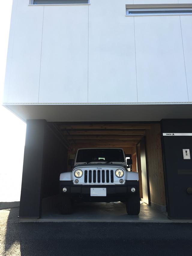 画像: SUVも駐車できるスペースを確保。