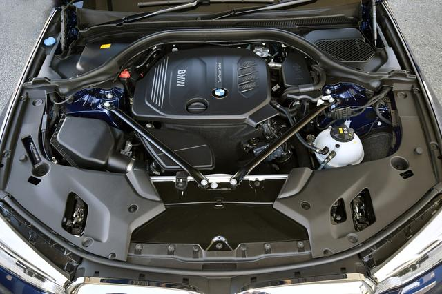画像: クラストップレベルのJC08モード燃費21.5km/Lを達成した2Lディーゼルターボエンジン。