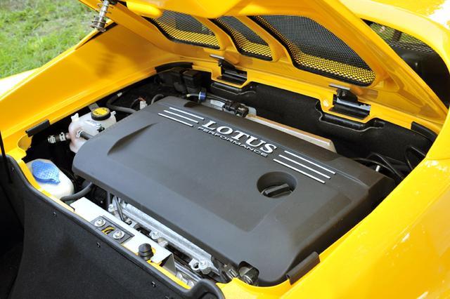 画像: 搭載エンジンは、ロータス・エリーゼ(写真)と同じ。相当、速い!