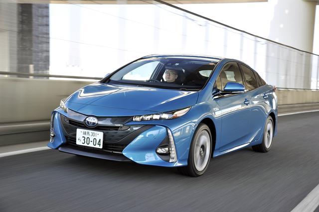 画像: JC08モードのハイブリッド燃費は、15インチ装着車が37.2km/L、17インチ装着車が30.8km/L。