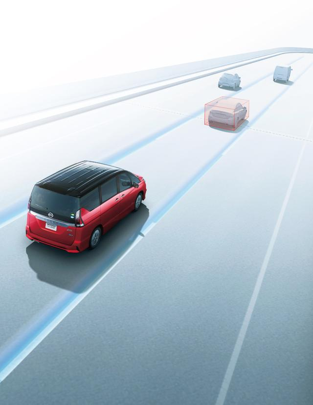 画像: ミニバンクラスとしては世界初となる同一車線自動運転技術「プロパイロット」をメーカーオプション設定。