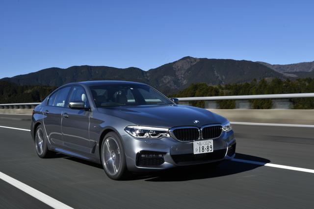 画像: BMW 540i M Sport   986万円 。