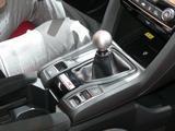 画像: トランスミッションは6速MT。変速操作にあわせてエンジン回転数を自動調整する「レブマッチシステム」を初採用している。