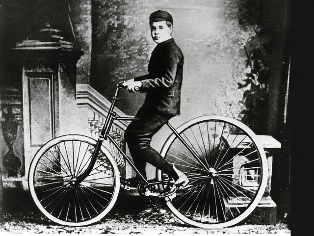 画像: J.B.ダンロップの息子、ジョニー。
