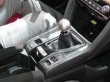 画像: デフォルトは「Sport」。モードの切り替えは写真手前のスイッチで行う。