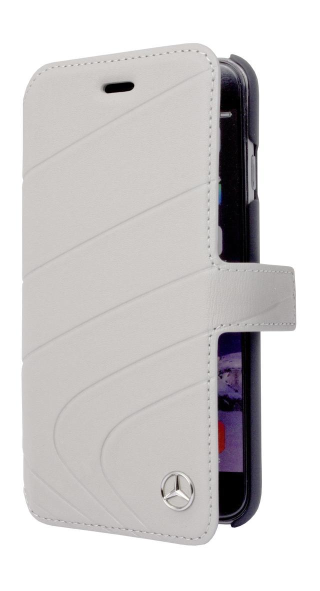 画像: これも革素材を用いたメルセデス・ベンツのノートタイプスマホケース。