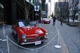 画像: アルファロメオ 2600スパイダー(手前)やSZ(中央)など、カロッツェリアが手がけたクラシック・イタリアンカーも展示された。